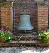 picture of natchez  - Bell found at a southern Mississippi plantation - JPG