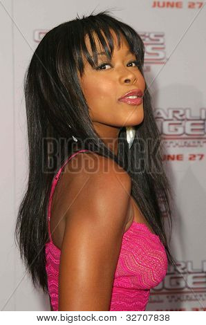 LOS ANGELES - JUN 18: Golden Brooks at the premiere of 'Charlie's Angels: Full Throttle' on June 18, 2003 in Los Angeles, California