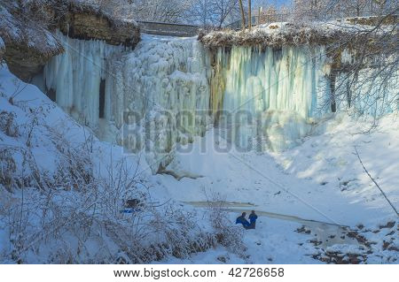 Father And Son, Minnehaha Falls