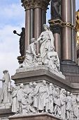 pic of kensington  - Fragment of Prince Albert monument in  London - JPG