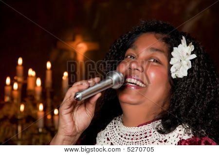 Smiling Singer