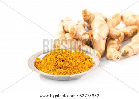 Turmeric Powder With Fresh Turmeric Root