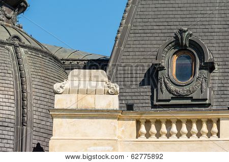 Neoclassical Roof Architecture