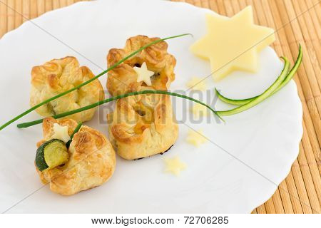 puff pastry stuffed with zucchini and cheese