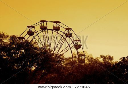 Ferris Wheel Sunset