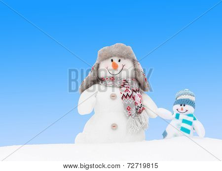 Happy Winter Snowmen Family Or Friends (copy Space)
