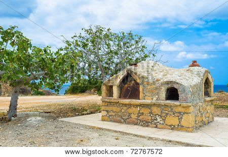 The Outdoor Oven