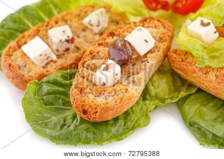 Rusks With Vegetables