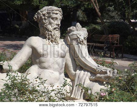 Statue of the Greek god Dionysus