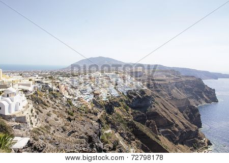 Beautiful scenery of Thira