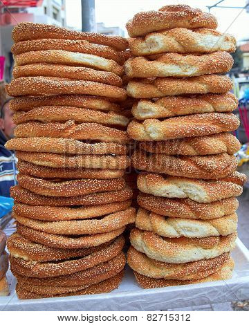 freshly baked sesame round buns
