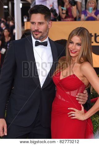 LOS ANGELES - JAN 25:  Joe Manganiello & Sofia Vergara arrives to the 21st Annual Screen Actors Guild Awards  on January 25, 2015 in Los Angeles, CA