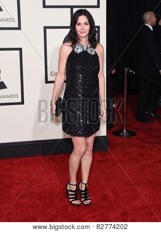 LOS ANGELES - FEB 08:  Courteney Cox arrives to the Grammy Awards 2015  on February 8, 2015 in Los Angeles, CA