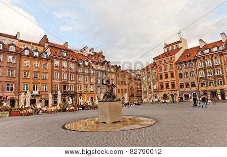 Mermaid Statue Of Old Town Market Place. Warsaw, Poland