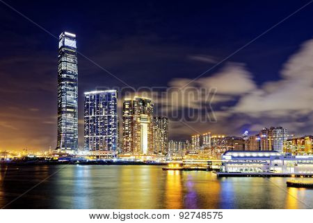 hong kong office buildings in finance zone
