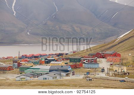 View to the town of Longyearbyen, Norway.