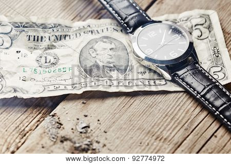 Dollar With Clock