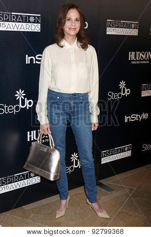 LOS ANGELES - JUN 5:  Lesley Ann Warren at the Step Up Women's Network 12th Annual Inspiration Awards at the Beverly Hilton Hotel on June 5, 2015 in Beverly Hills, CA