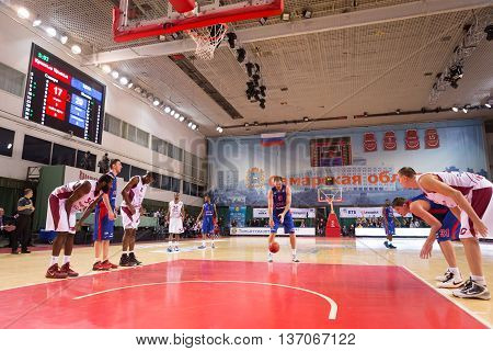 Bc Cska Center Nenad Krstic (12) Prepares To Shoot A Free Throw