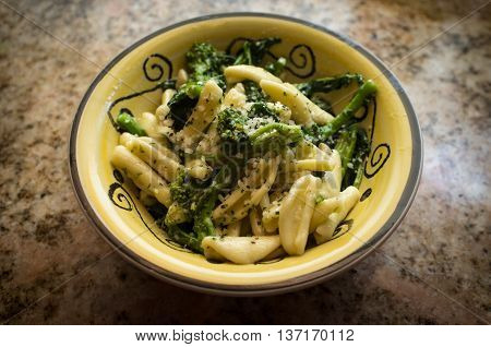 Sauteed cavatelli and broccolini with garlic sauce