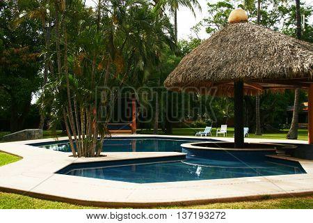 The beautiful swimingpool in the house of my dreams