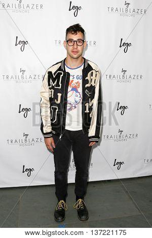 NEW YORK-JUN 25: Musician Jack Antonoff attends  Logo TV's