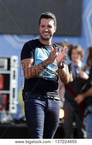 NEW YORK-AUG 7: Country music singer Luke Bryan performs onstage at ABC's Good Morning America Summer Concert Series at Rumsey Playfield on August 7, 2015 in New York City.