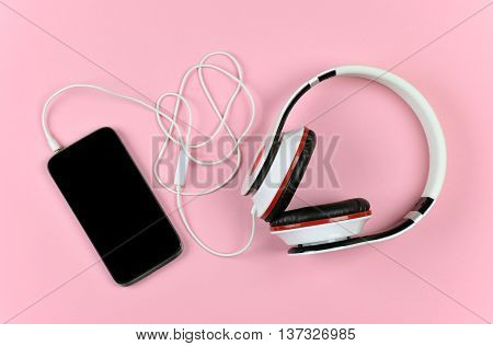 Listen to music. Music of our days. Youth culture. Fashion. Accessories.