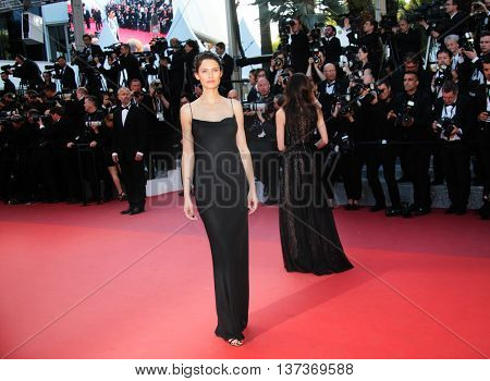 CANNES, FRANCE - MAY 17: Bianca Balti attends the 'Julieta' premiere during the 69th annual Cannes Film Festival at the Palais des Festivals on May 17, 2016 in Cannes, France.