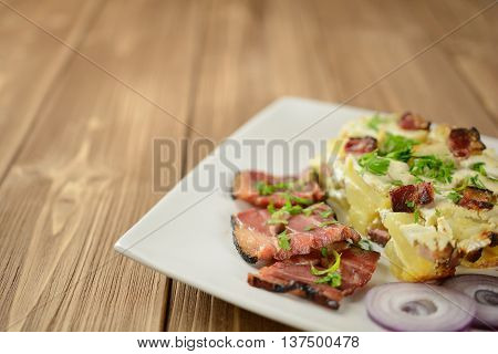 Tartiflette with streaky bacon, potatoes and cheese
