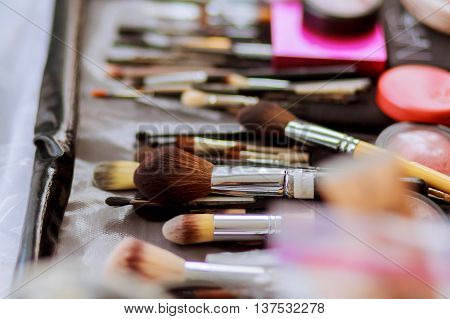 Brush set for make-up on table make-up brush for powder
