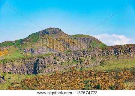 Edinburgh mountains - Arthur Seat Salisbury Crags Holyrood Park
