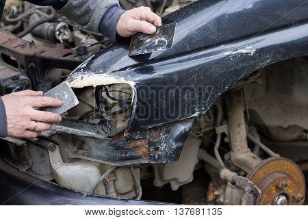 Car Reparing Service.