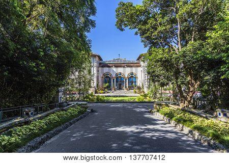 Vizcaya, Floridas Grandest Residence Under Blue Sky