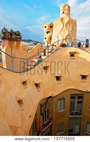 Roof And Chimney And Tourists In Casa Mila Building