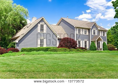 Suburban Maryland Single Family House Colonial Georgian Lawn Blu