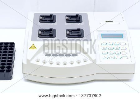 medical devices for laboratory analyzes and test