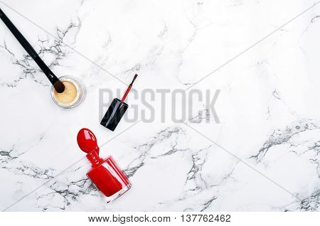 Mock-up background view table woman accessories. stationery supplies. glamour style. Gold stapler. polka gold. Header website or Hero website. Flat lay.