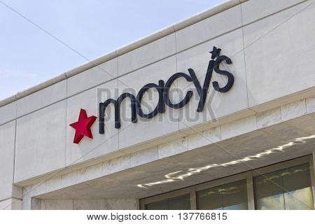 Lafayette, IN - Circa July 2016: Macy's Department Store. Macy's, Inc. is one of the Nation's Premier Omni channel Retailers IV