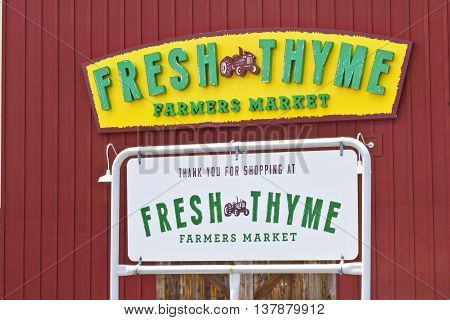 Indianapolis - Circa July 2016: Fresh Thyme Farmers Market. Fresh Thyme Offers Fresh and Healthy Food at Amazing Values I