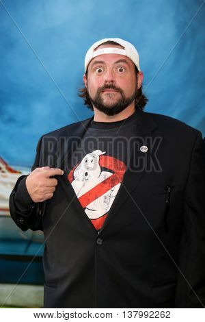 LOS ANGELES - JUL 9:  Kevin Smith at the Ghostbusters Premiere at the TCL Chinese Theater IMAX on July 9, 2016 in Los Angeles, CA