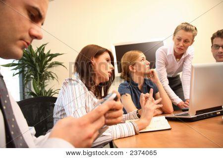 Frauen Führungsverhalten In Unternehmen