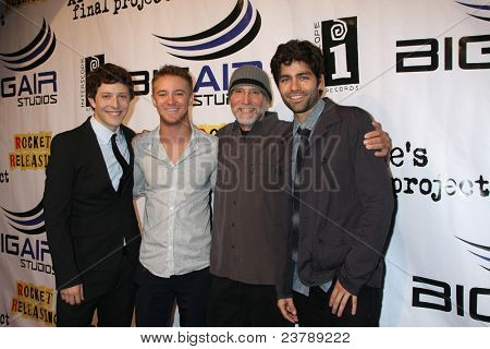 LOS ANGELES - SEPT 22:  G Sunday, M Welch, David Lee Miller, Adrian Grenier arriving at the premiere of