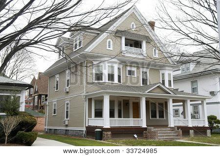 house (pre-1990)