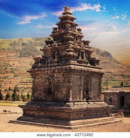 Hindu Temple Candi Arjuna, Dieng Plateau, Java, Indonesia