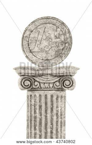 Euro Statue