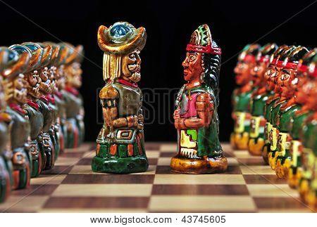 Ecuadorian chess board and pieces