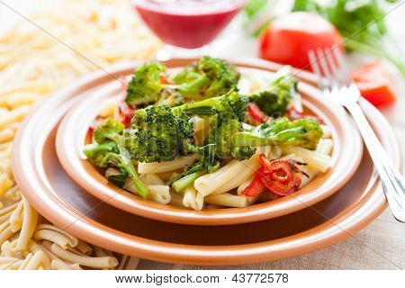 Nutritious Pasta With Roasted Vegetarian Vegetables