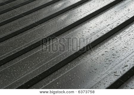 Wet Metal Roof Detail