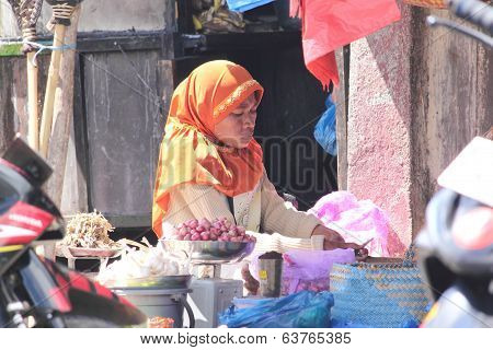 Indonesian woman at market